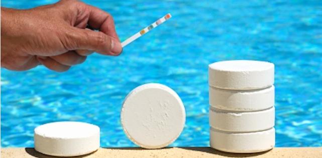 Bazénová chemie, testovací média, plovucí davkovače