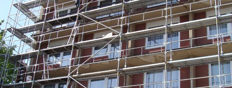 Lešení a stavební výtahy