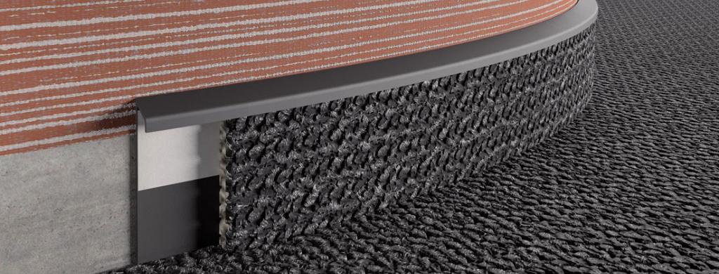 Podlahová soklová kobercová lišta