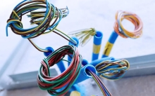 """Montáž kabelu """"CYKY do 3x2,5mm"""" v ohebných trubkách, cena za bm bez materiálu"""