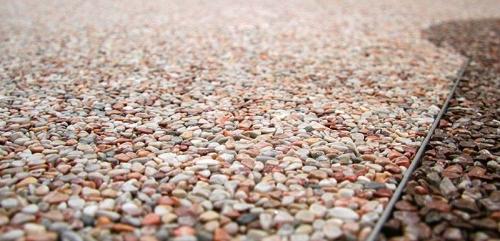 Mramorový kamínek Hnědý 3-6mm 25kg