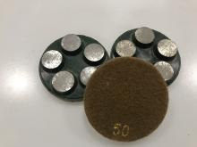 Diamantový 5-bodový brusný nástroj zrnitost 50 (suchý zip) pro broušení betonu, terrazza a žuly