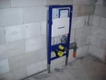 Obezdění splachovací nádržky (podmítkový modul), cena práce za ks bez materiálu