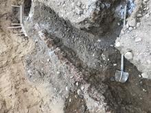 Ruční vyčištění vykopu pod základový pas  pasu lopatou   (cena práce za m/b )