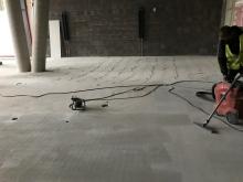 Broušení betonove podlahy cemflow, cena práce za m2