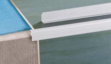 Schodová hrana Cezar pro parkety a laminát eloxovaný hliník stříbrný 8mm 3m
