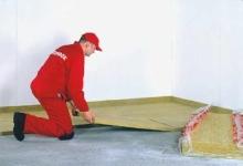 Položení kročejové izolace, přeprava před vylitím anhydritové podlahy
