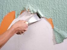 Odstranění starých tapet, cena práce za m2
