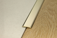 Přechodová lišta Profilpas samolepící plochá 40mm 0,93m mosaz leštěná