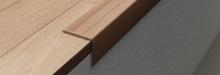 Schodová hrana samolepící Profilpas Prestwood 25x20mm 0,9m ořech