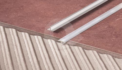 T lišta dělící Cezar 20x9mm eloxovaný hliník stříbrný 2,5m
